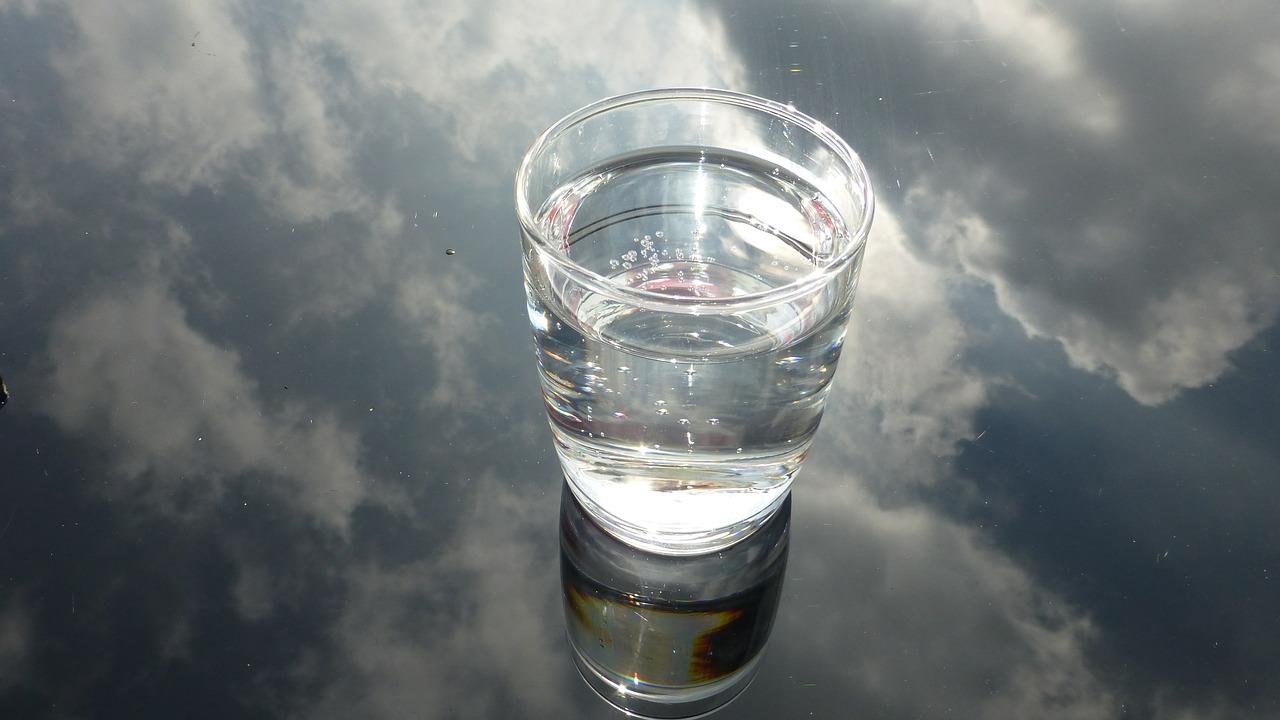 verre d'eau anti-stress