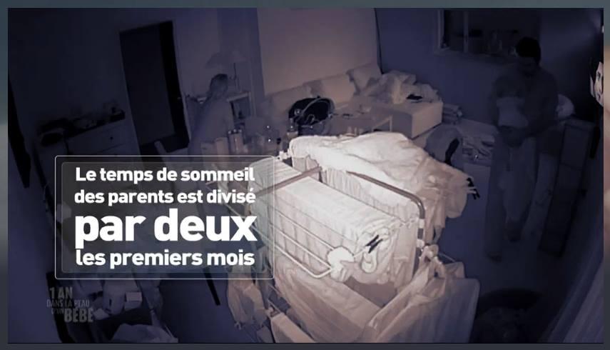 """(Source : reportage """"1 an dans la peau d'un bébé"""" - M6)"""