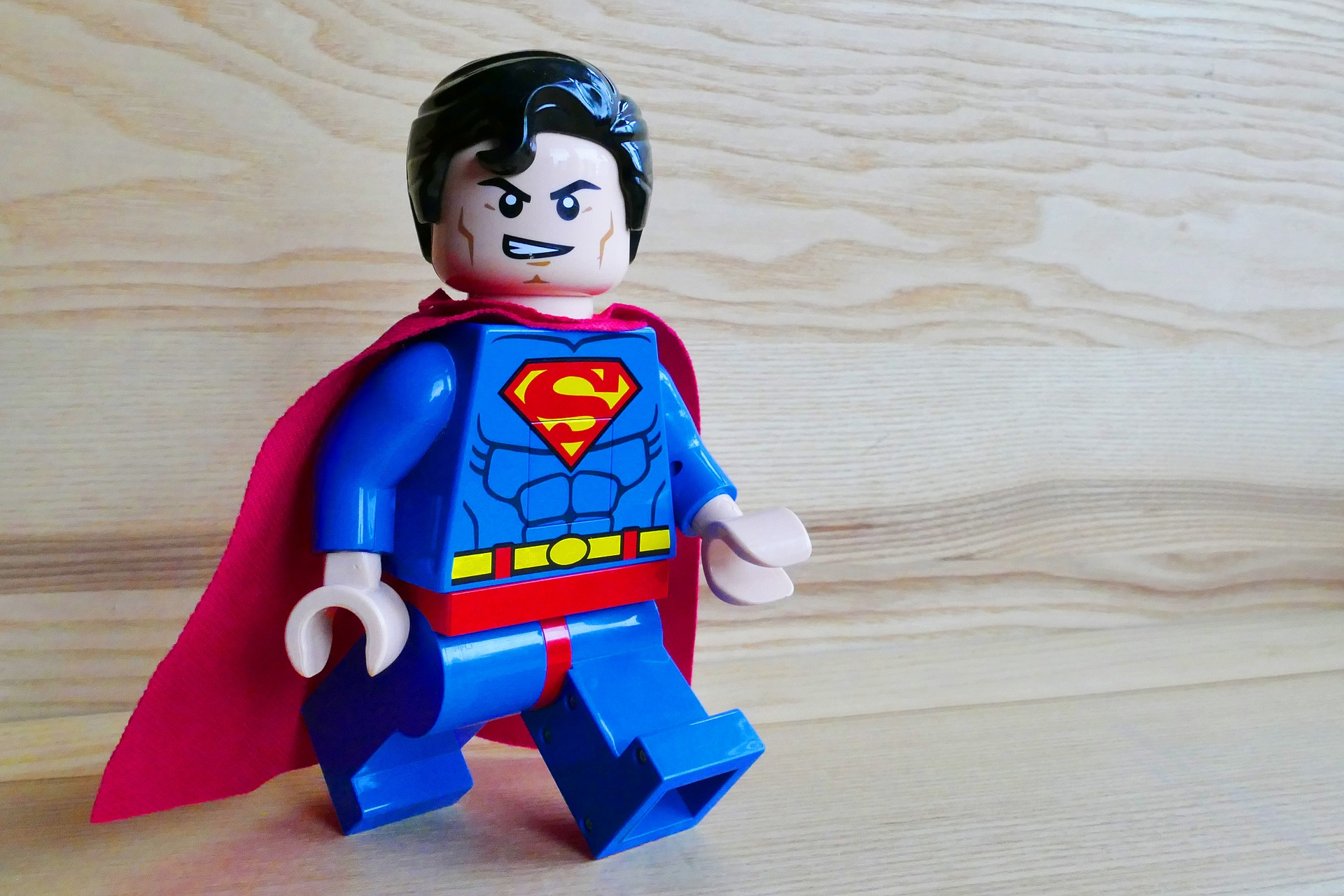 superman-1070457_1920