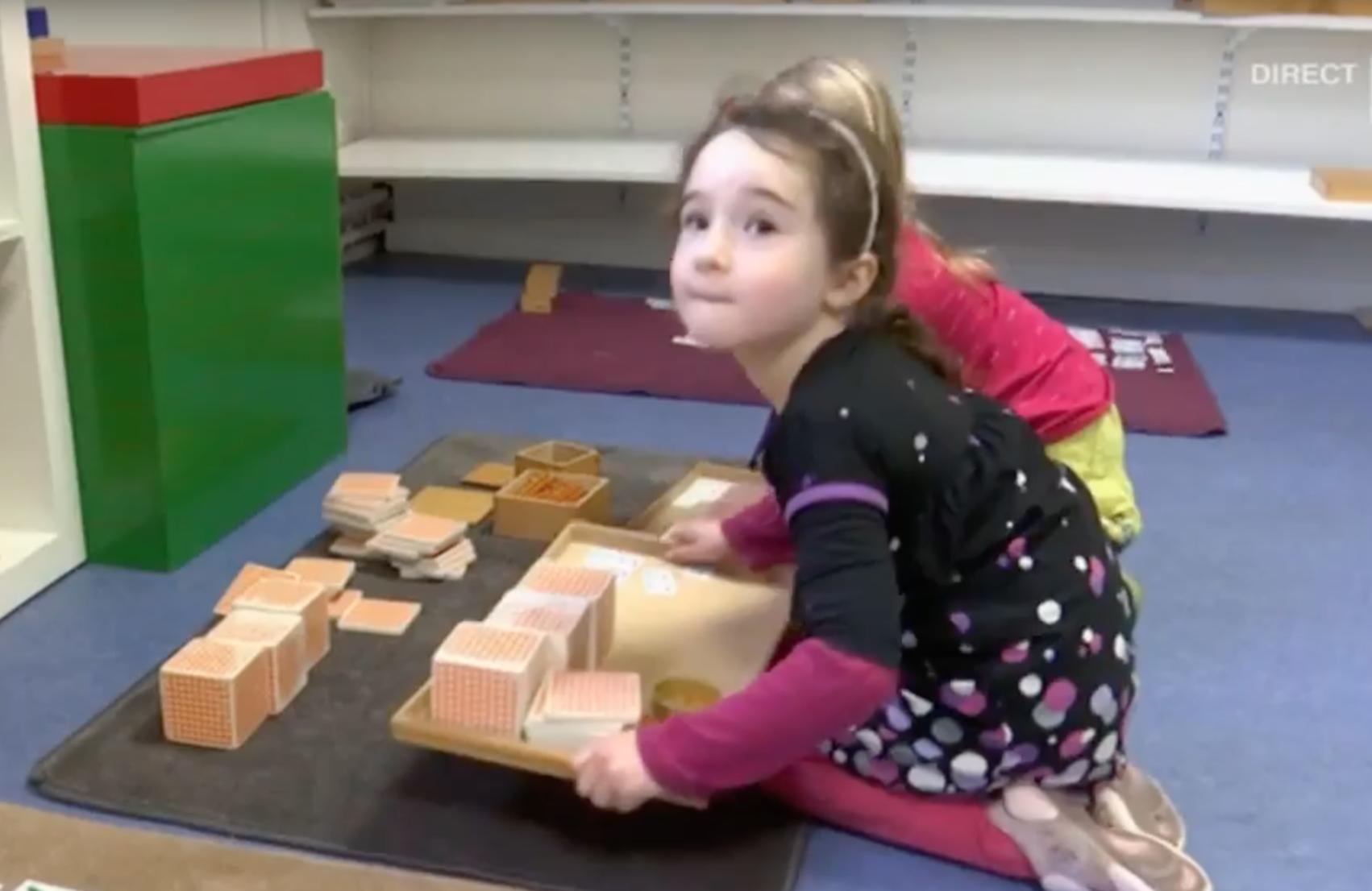 comment les enfants apprennent compter dans une cole. Black Bedroom Furniture Sets. Home Design Ideas